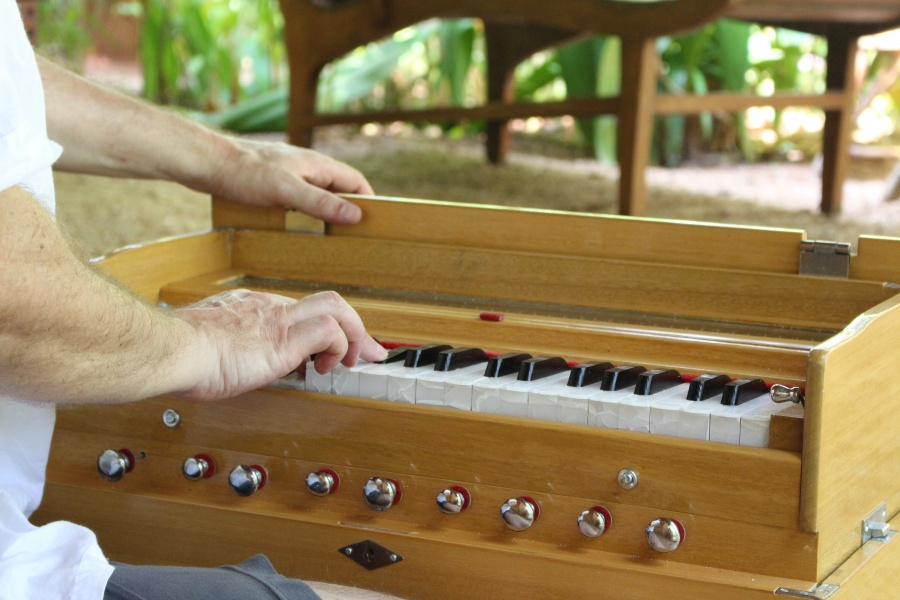 Harmonium Refresher & Aufbau Workshop